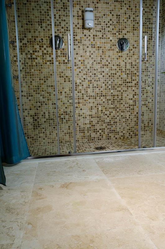 Hotel la residenza dell orafo tutti i bagni in pietra di - Bagni in pietra ...