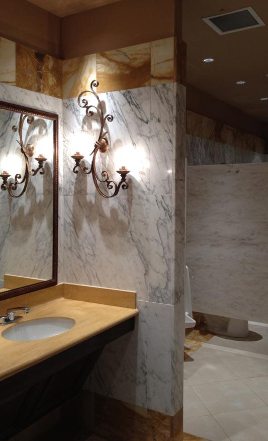 Amato Top in Marmo per bagno con Rivestimenti in Marmo Bianco di Carrara  PN08