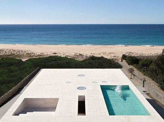 Architetture di travertino la casa infinito di alberto for Piani di casa di architettura del sud