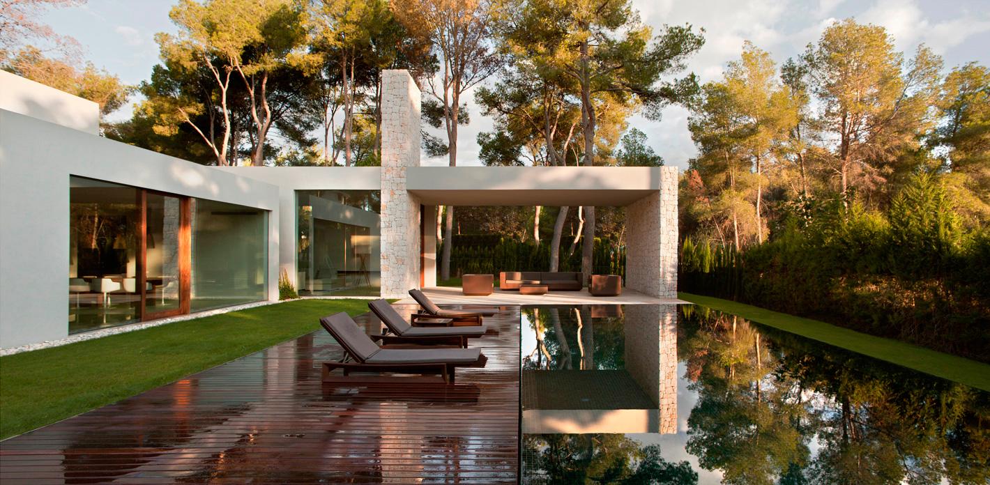 casa spagna chiva architettura materiali naturali pietra facciata